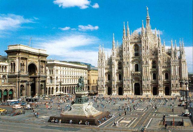 Domul din Milano, Italia