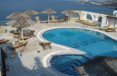 Charter Mykonos - Hotel Gorgona
