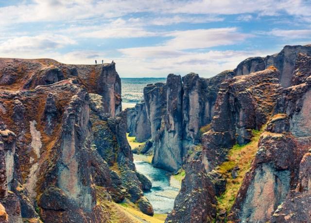 Intalnirea femeii din Islanda